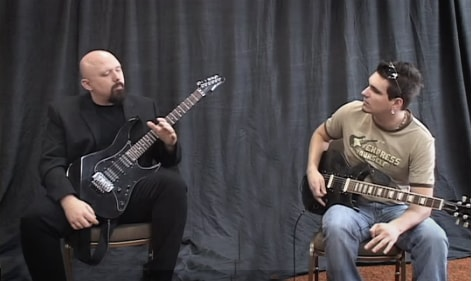 How to improve your guitar phrasing and play better guitar solos by Tom Hess